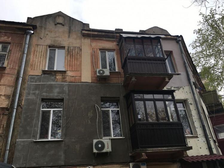 Дом в котором Джеймс купил квартиру
